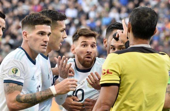 Llega la traición de un amigo de Leo Messi