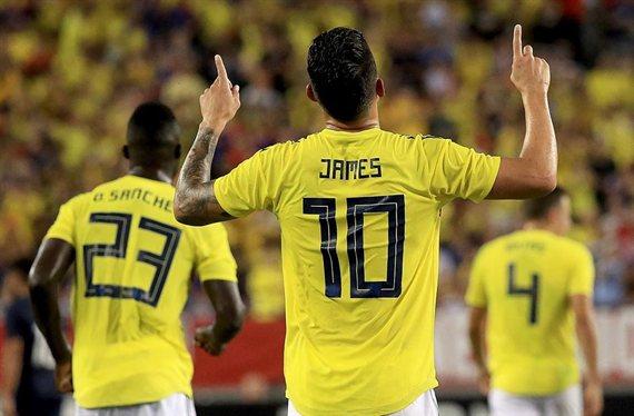 """James Rodríguez planta a Nápoles y Atlético: """"50 'kilos' y firma el lunes"""""""