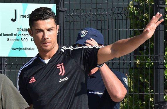 Cristiano Ronaldo ofrece un intercambio para robar un galáctico al Barça