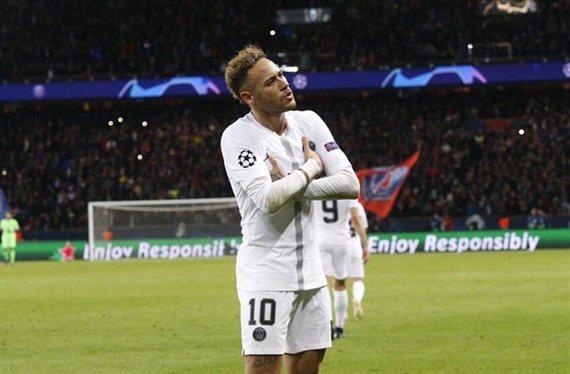 Un enemigo de Neymar del PSG carga contra el brasileño ¡para salvarse él!