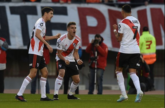 River se lució en el Monumental y se impuso 3-0 ante Lanús