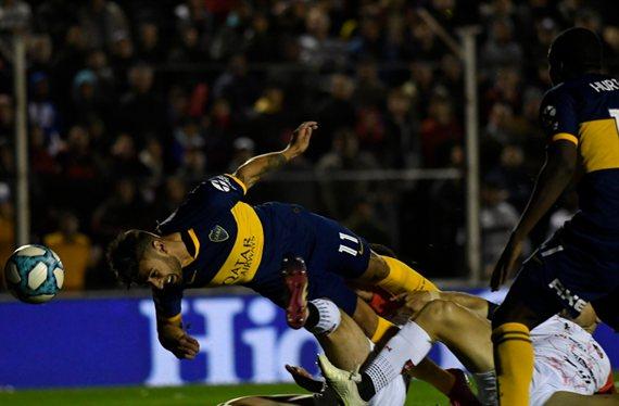 De cabeza al triunfo: Boca derrotó con facilidad 2-0 a Patronato