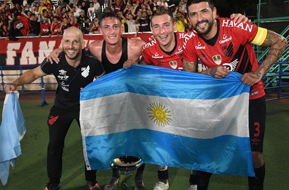 Cuatro argentinos son campeones de la Levain Cup con el Atlético Paranaense