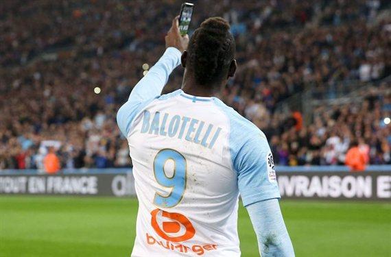 La increíble cláusula que exige Mario Balotelli para llegar al Flamengo