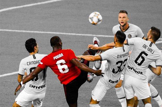 Insiste en que quiere jugar en el Real Madrid pero Florentino pasa de él