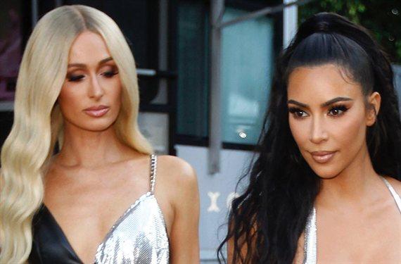 """El video de Kim Kardashian y Paris Hilton: """"¡No llevan ropa...!"""""""