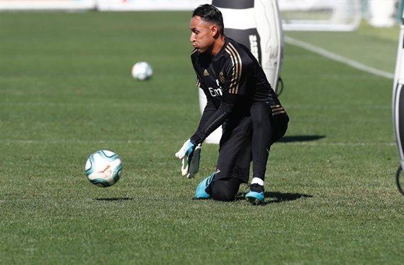 Keylor Navas recibe una oferta sorpresa que lo saca del Real Madrid