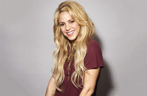 Shakira se quita la toalla (y ¡mira lo que mostró a Piqué!)