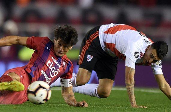 River se mide con Cerro Porteño buscando el pasaje a la semifinal con Boca