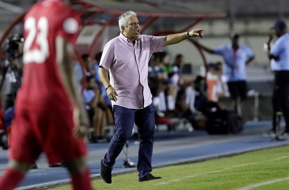 Gallego sufrió una inesperada derrota en Panamá y se cruzó con la prensa