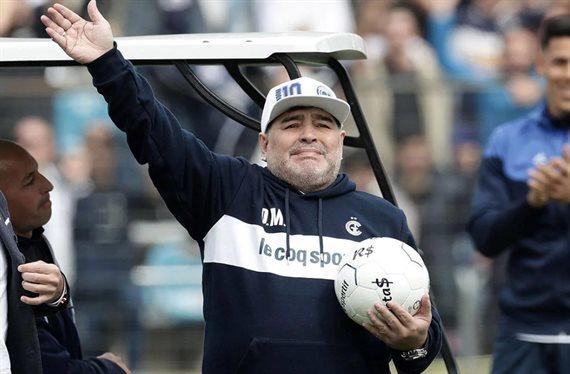 Con el debut de Maradona: días, horarios, árbitros y TV de la fecha 6