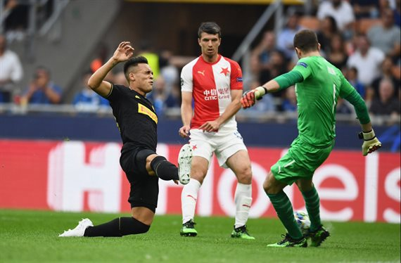 Con Lautaro Martínez, Inter rescató un agónico empate ante Slavia Praga