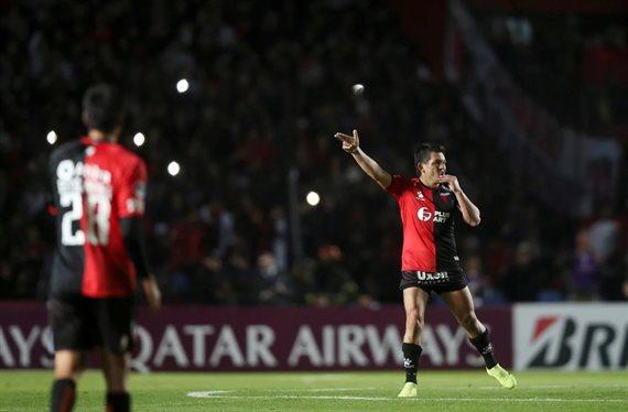 Colón revirtió el resultado, venció a Atlético Mineiro y sueña con la final