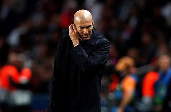 """""""¿Por qué sigues aquí?"""" Zidane quiere a un crack fuera del Real Madrid"""