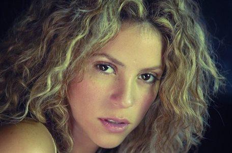 Shakira cerquita de su ex de la Rúa. y ¡Hay vídeo!