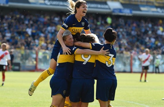 Boca venció 5-0 a River en el primer Superclásico profesional femenino