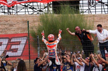 Rossi le lanza este recado a Marc Márquez ¡y le reta!