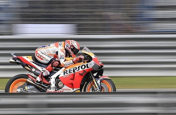Terrible caída del Marc Márquez en la FP1 ¡Mírala! ¡Vaya tortazo!