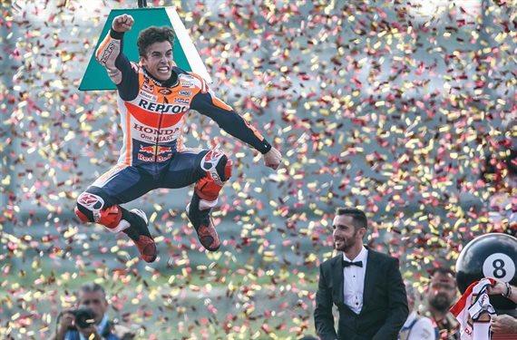 ¡Mira! ¡Marc Márquez bate un nuevo récord! Pilar Rubio ni se lo cree