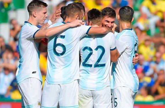 En un show de goles, Argentina venció 6-1 a Ecuador en el cierre de la gira