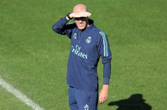 Zidane se carga a un peso pesado del Real Madrid (y elige su relevo)