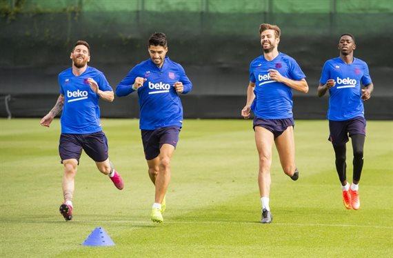 No soporta a Piqué, Messi y Luis Suárez: el titular del Barça que se larga