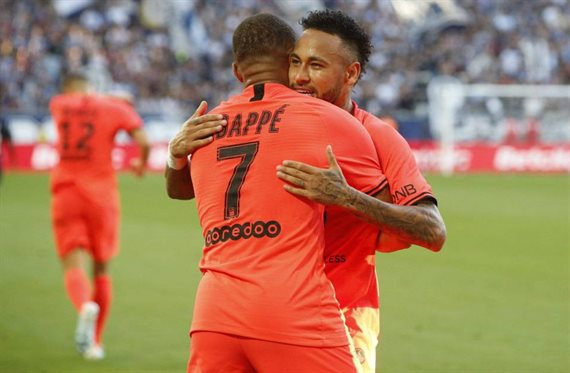Traiciona a Neymar y Mbappé: la estrella del PSG que se ofrece al Barça