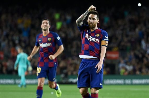 """""""Negocia con el Barça"""". Messi no lo quiere (y es un delantero)"""