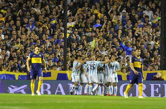 Boca perdió ante Racing e incrementó sus dudas antes del Superclásico