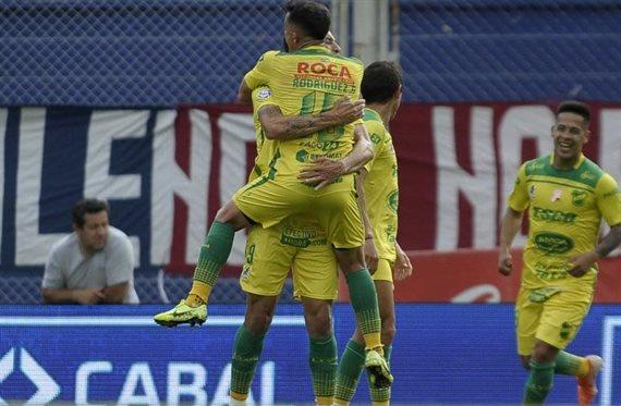 Defensa y Justicia se impuso 3-1 y profundizó la crisis de San Lorenzo