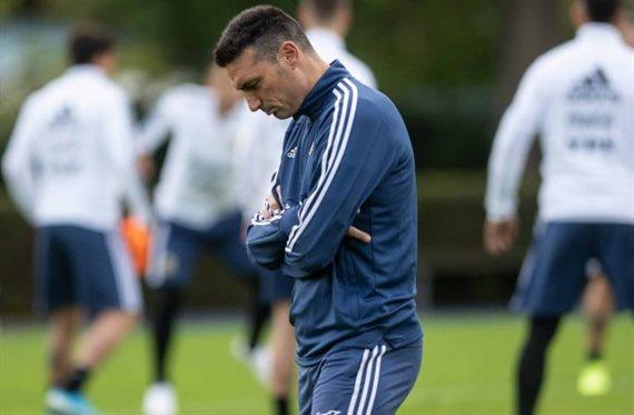Las dos dudas que mantiene Scaloni para el clásico entre Argentina y Brasil
