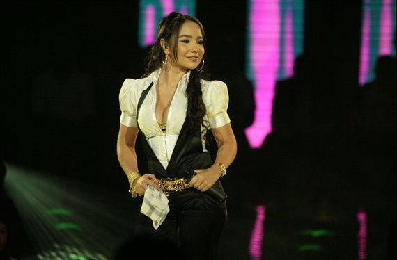 ¡Paola Jara se ha puesto más que JLo! Tamaño y foto bomba