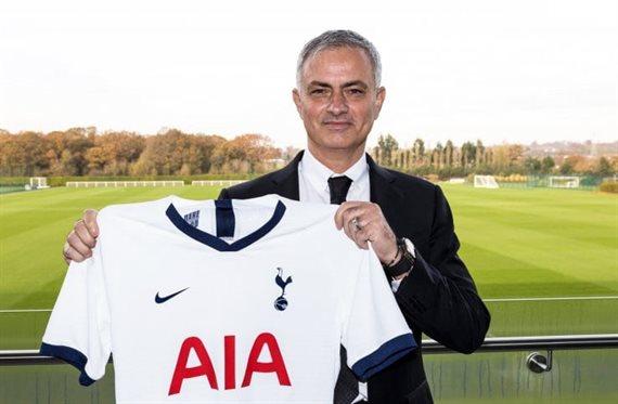 José Mourinho fue anunciado como reemplazante de Pochettino en Tottenham