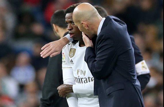 ¡Lío alucinante con Vinicius! Ojo a su última enganchada con Zidane