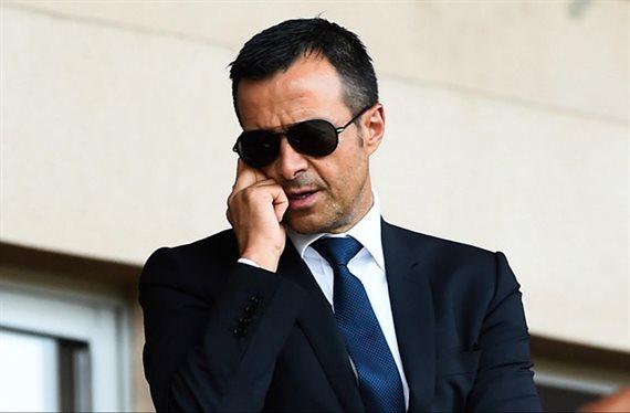 Jorge Mendes se lo lleva del Barcelona a la Premier