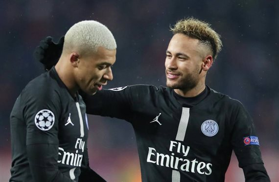 Neymar se queda en París. Renovará y deja muy tocado a Kylian