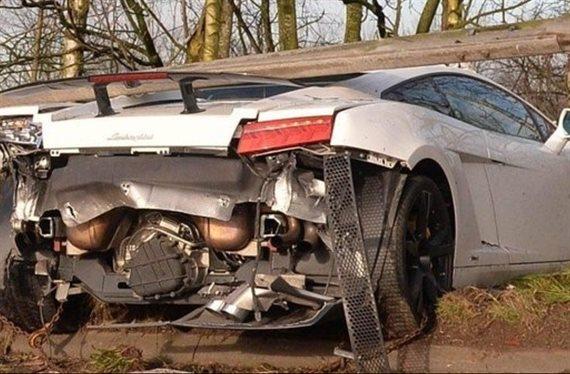Sergio Romero se accidentó con su auto en Mánchester y salió ileso