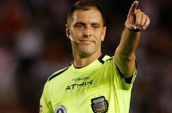 Los árbitros para la reanudación de la Superliga