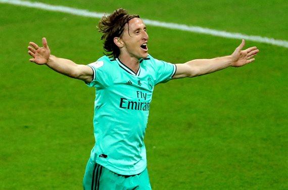 ¡Jugará con Modric! ¡Y es titular en el Barça! Y no es en el Madrid