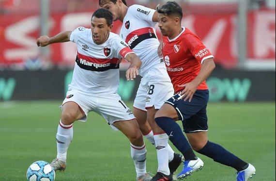 Sebastián Palacios se aleja de Independiente y se acerca a Newell's
