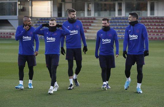 Pep Guardiola lo pide: objetivo en el Barça (y es titular indiscutible)