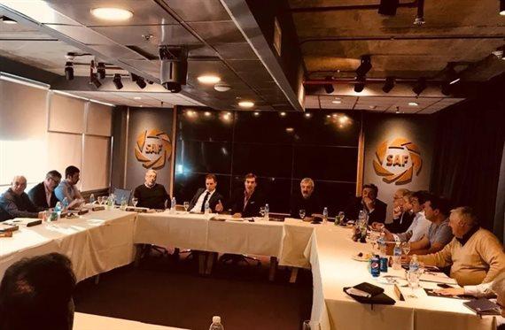 El futuro del fútbol argentino se resolverá en la reunión de Superliga