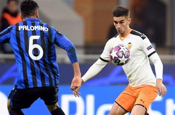 Cristiano Ronaldo se la juega a Florentino. ¡Le roba a una joya!