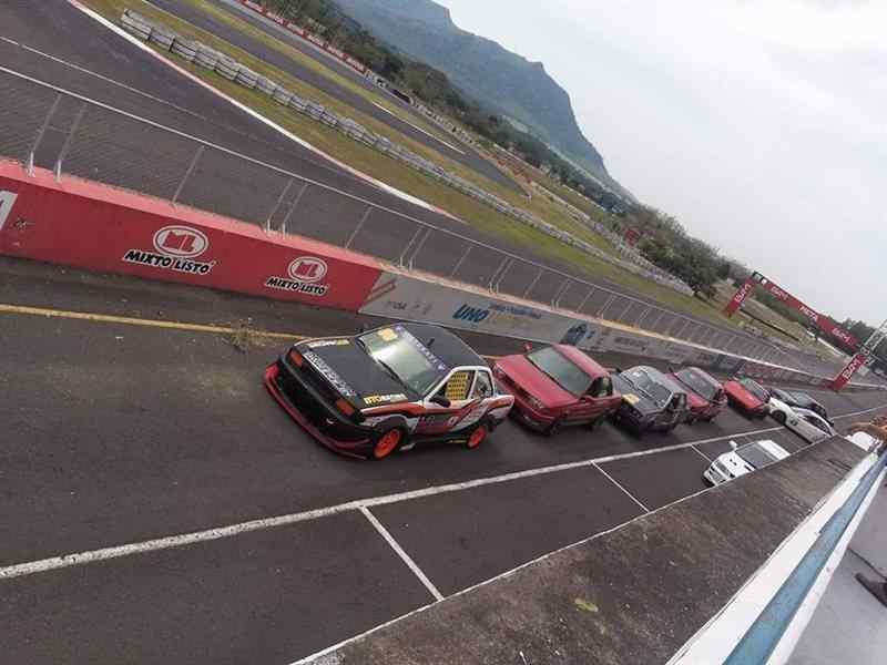 Calendario Autodromo Pedro Cofino 2019.Samayoa Vence En La Primera Fecha Del Autocross