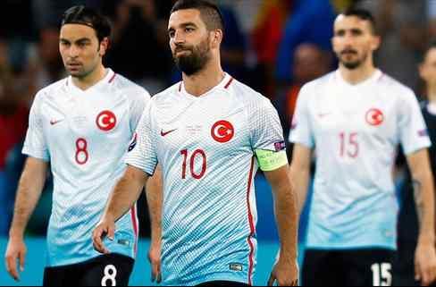 Las 5 decepciones de la Eurocopa que quedan 'tocadas' para el mercado