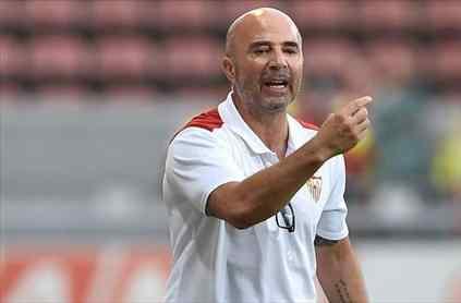 Jorge Sampaoli no tira la toalla y se ofrece descaradamente al Barça