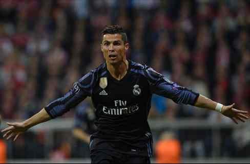 Cristiano Ronaldo decide el triunfo del Madrid ante el Bayern y marca distancias con Leo Messi