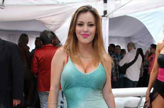 Mariana Diarco y un body painting ¡no apto para cardíacos!