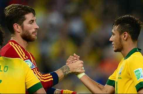Neymar pone un nombre sobre la mesa para cargarse a Cavani (y enfadará muchísimo a Messi)
