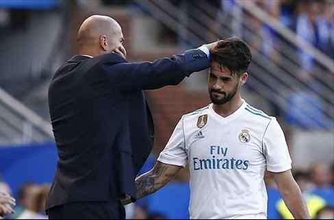 Zidane se carga a un fichaje de Isco para el Real Madrid (y Florentino le apoya)